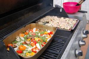 Grilling chicken and veggie fajitas