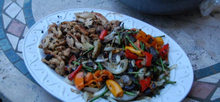 Versatile Meals – chicken OR veggie fajitas – vegan or not, everyone's happy!
