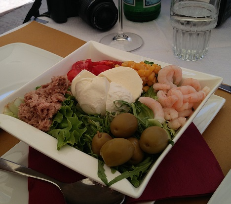 Delicious Nicoise Salad in Verona Italy