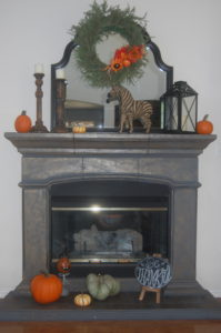 Thanksgiving/Fall mantle scape