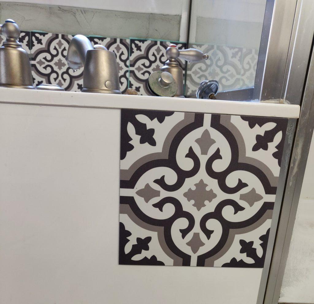 Working with vinyl tiles